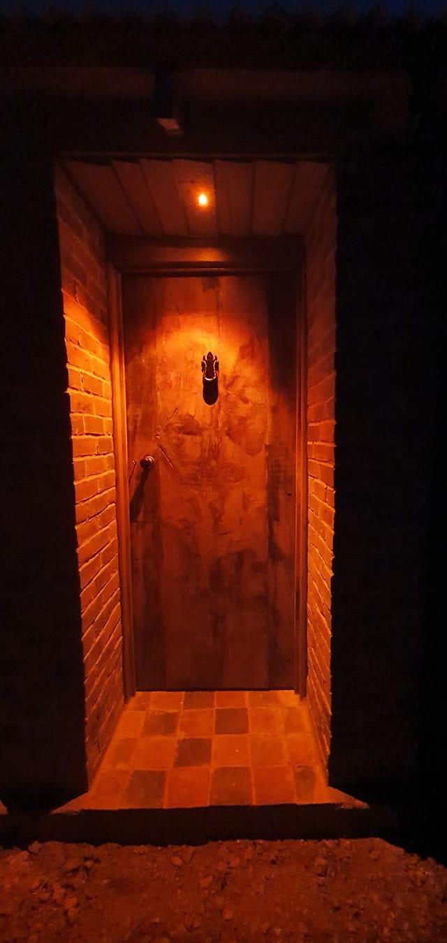 Robin's Nest Oak Door
