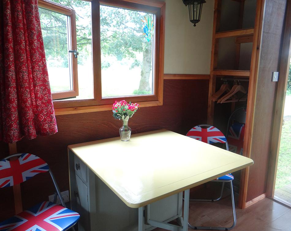 Kingfisher Hut